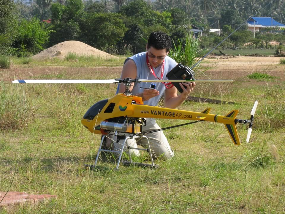 Andy with his GSR260 Helicopter (26cc Petrol Engine)