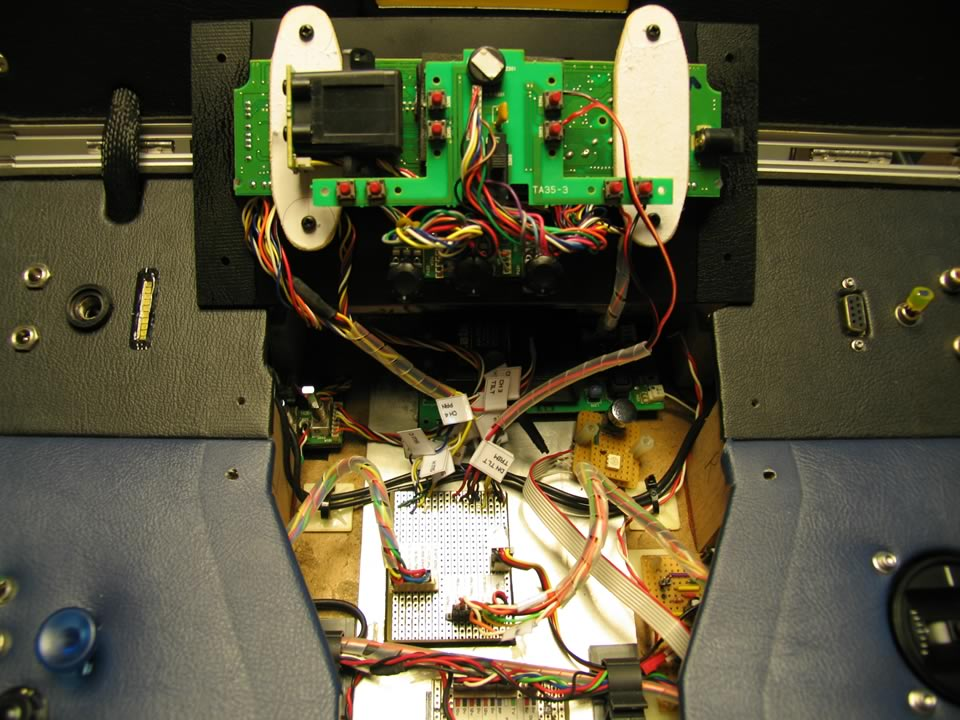 Internal wiring of the ground station case